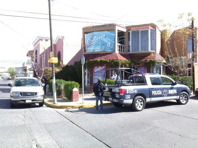 ¡Pistoleros asaltaron un negocio de chocolates en Aguascalientes!