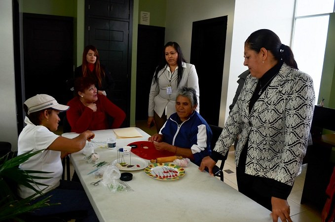 Supervisa DIF Municipal actividades del CEDECO La Estación en Calera