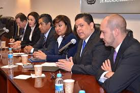 """Dejan plantada diputados panistas de Aguascalientes a su """"líder"""""""
