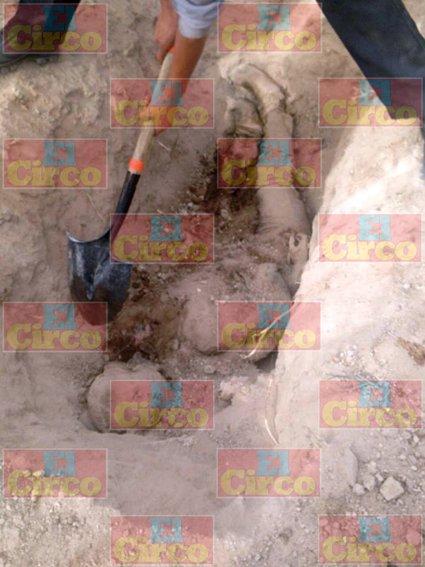 ¡Hallan narco fosa con tres cuerpos en Fresnillo, Zacatecas!