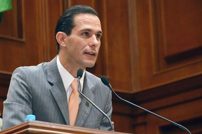 ¡Pide Oswaldo Rodríguez a los servidores públicos a dejar el trabajo electoral a los partidos!