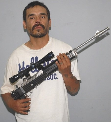 ¡Consignan a sujeto por portar armas ilegales en  la Col. Altavista en Ags.!