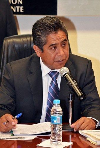 ¡El PRI pretende sacar de la jugada a Martín Orozco a través de la reforma electoral: Adolfo Suárez!