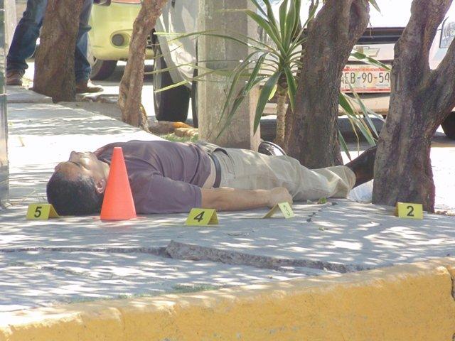 ¡Asesinaron de una puñalada en el pecho a un hombre en Aguascalientes!