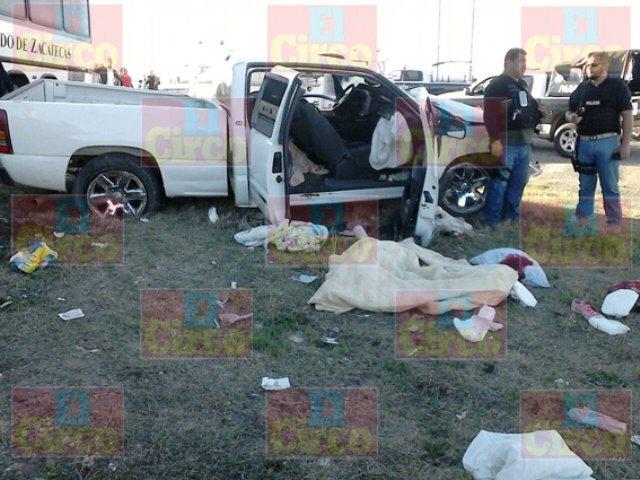 ¡Autobús de la Banda Sinfónica de Zacatecas chocó contra una camioneta: 1 muerto y 3 lesionados!