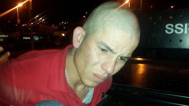 ¡Policías municipales detuvieron a un sujeto con un arma de fuego y droga en Aguascalientes!