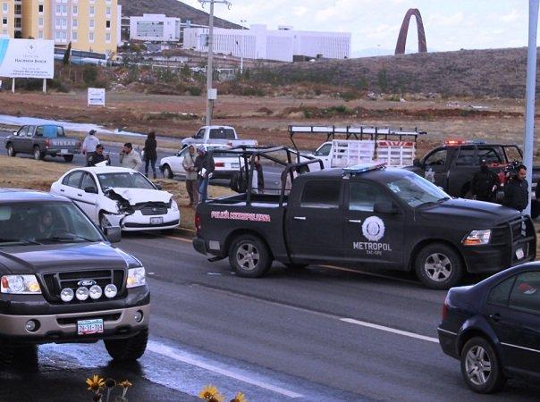 ¡Chocan patrulla de la Metropol en Zacatecas!
