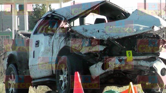 ¡1 muerto y 1 lesionado grave tras una volcadura en Cañitas de Felipe Pescador!