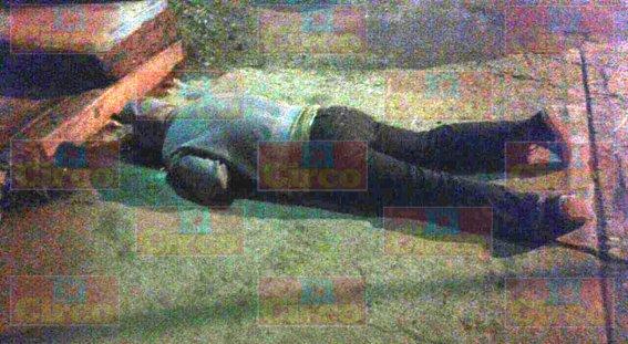 """FOTOGALERIA/SIGUEN LAS NARCO-EJECUCIONES EN FRESNILLO: A BALAZOS ULTIMARON A """"EL MOCO"""""""
