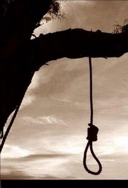 ¡Un hombre se suicidó colgándose de un mezquite en Loreto, Zacatecas!