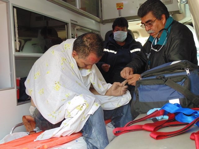 ¡Salvaron de morir a un hombre al incendiarse su casa en Aguascalientes!