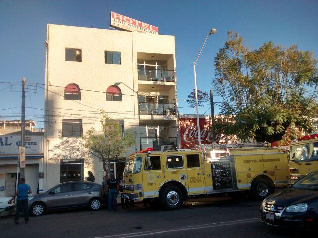 ¡Huésped provocó impresionante incendio en un hotel en Aguascalientes: 5 intoxicados!