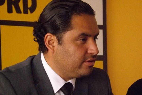 Municipio ya no puede doblar las manos ante los abusos de CAASA: PRD