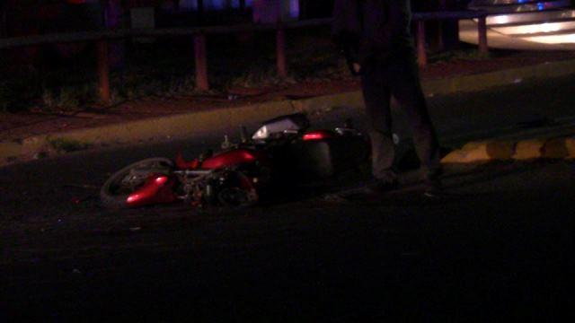¡Motociclista murió embestido por un auto en Aguascalientes!