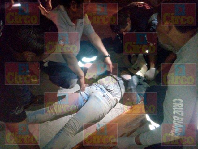¡FOTOGALERÍA/ Muere adolescente tras estrellar su moto contra una pipa en Lagos de Moreno!