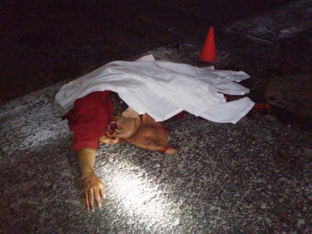 ¡FOTOGALERÍA/ Un desconocido murió destrozado por varios vehículos en Aguascalientes!