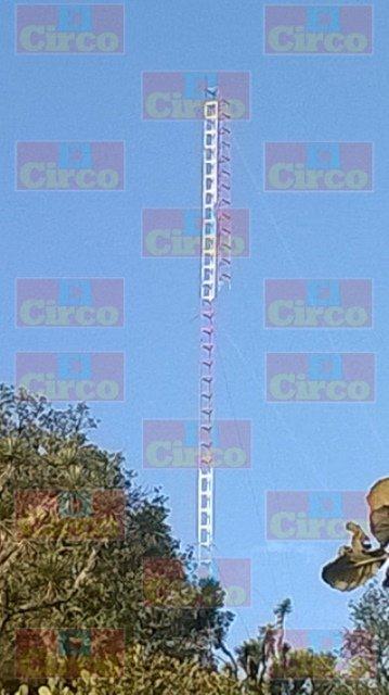 ¡Técnico de León se mató tras caer de una torre de 30 metros de altura en Lagos de Moreno!