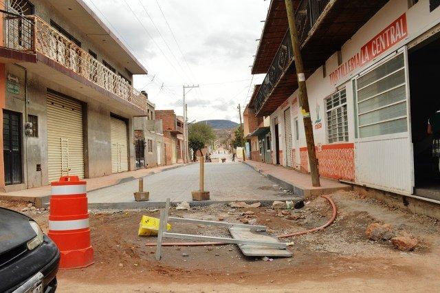 ¡Logró Marco Arturo Delgado recursos de $15 millones para obra e infraestructura en Calvillo!