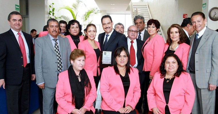 Reconocen al MunicipioAgs por las obras a beneficio de escuelas del oriente de la capital
