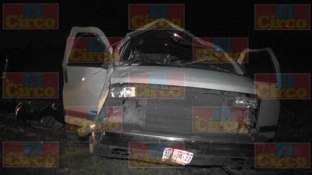 ¡FOTOGALERÍA/ 1 muerto y 19 lesionados de Aguascalientes tras espantosa volcadura de una camioneta en Fresnillo!