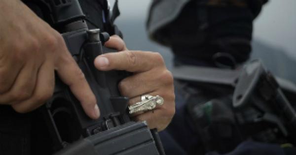 ¡Balean a policía de la Fiscalía General de Jalisco en Zapopan!
