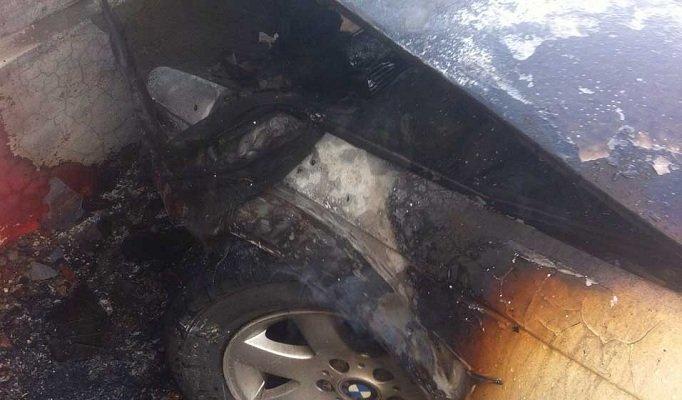 ¡Sujeto incendia un automóvil y se da a la fuga en Guadalupe, Zac.!