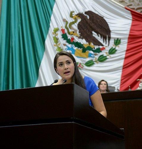 ¡Tere Jiménez se congratuló por la aprobación del Sistema Nacional Anticorrupción!
