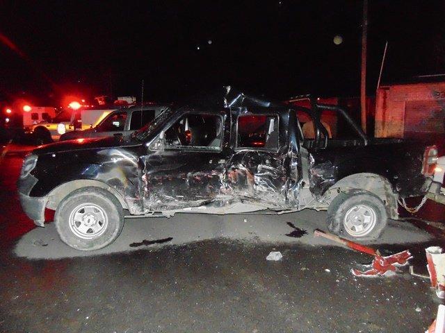 ¡2 lesionados tras choque entre torton y camioneta en Aguascalientes!