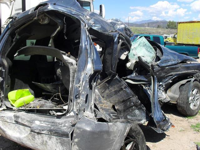 ¡2 muertos tras espantoso choque entre una camioneta y un tráiler en la carretera Jalpa-Calvillo!