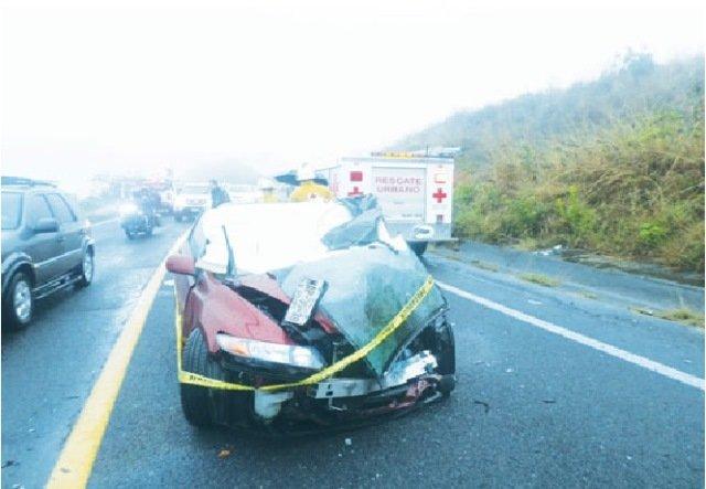 ¡2 aguascalentenses murieron en espantoso accidente en Nayarit!