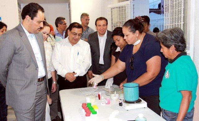 ¡Entrega Gobierno Municipal trabajos de ampliación en CEDECOS de colonias!