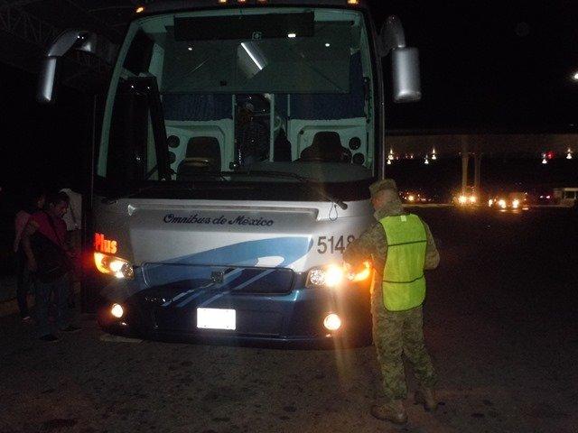 ¡Militares incautaron 3 kilos de marihuana en un autobús en Aguascalientes!