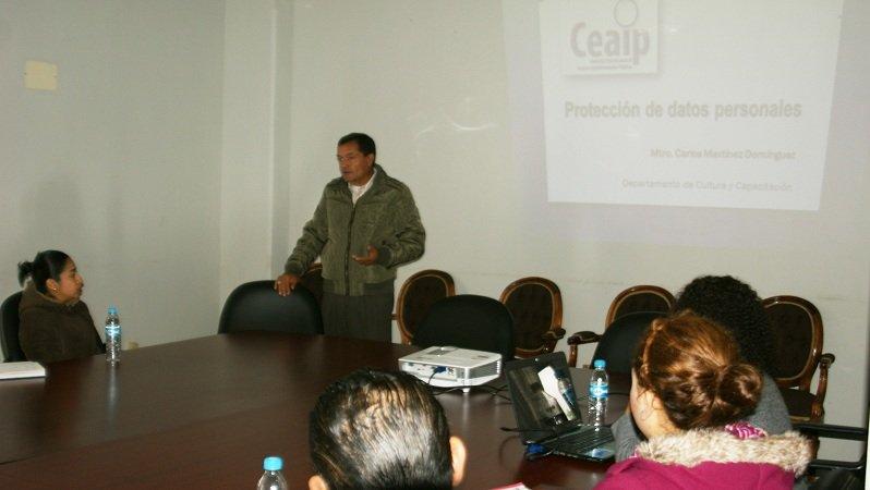 """Ofrece CEAIP taller sobre """"Protección de Datos Personales"""" en el municipio de Calera"""