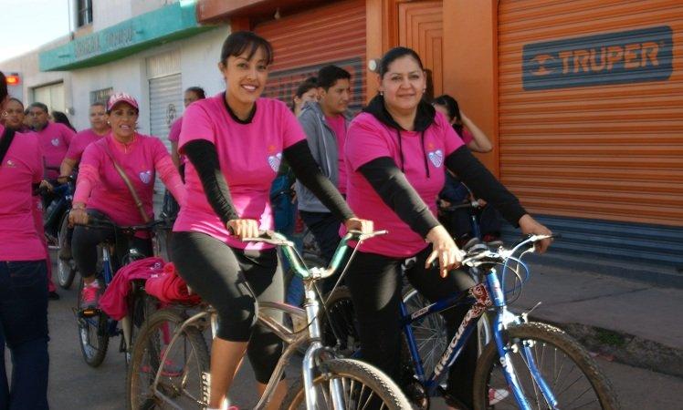 """Gran respuesta tuvo la """"Rodada Rosa"""" en el municipio de Calera"""