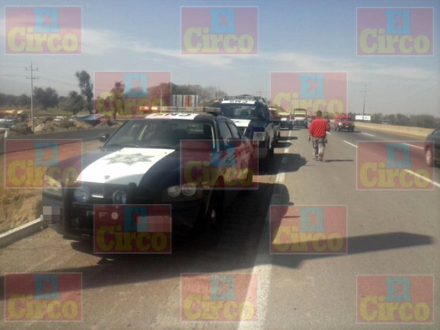 ¡Tras persecución y balacera, policías federales aseguraron camioneta con droga en Lagos de Moreno!
