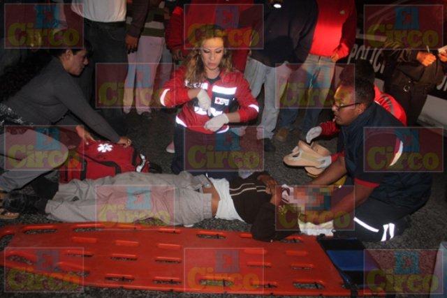 ¡Adolescente fue arrollado por veloz camioneta en Lagos de Moreno!