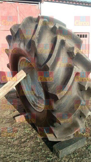 ¡Joven fue aplastado por una llanta de tractor en Lagos de Moreno!