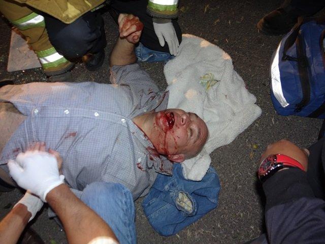¡Un hombre casi se mata tras volcar su auto en Aguascalientes por una falla geológica!
