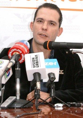 ¡Propone Oswaldo Rodríguez exámenes de sangre obligatorios en estudiantes de educación básica en Ags.!