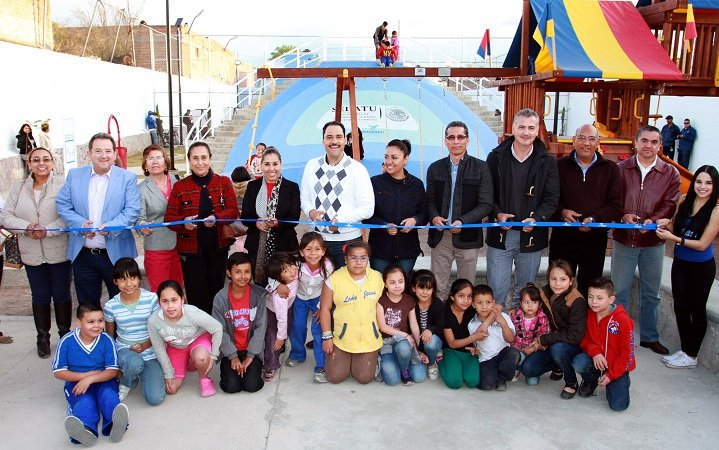 Inaugura el MunicipioAgs parque deportivo en la Col. Del Carmen