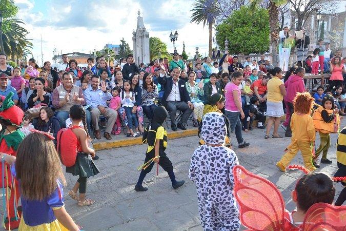 ¡Se realizó el tradicional desfile de primavera en Jesús María!