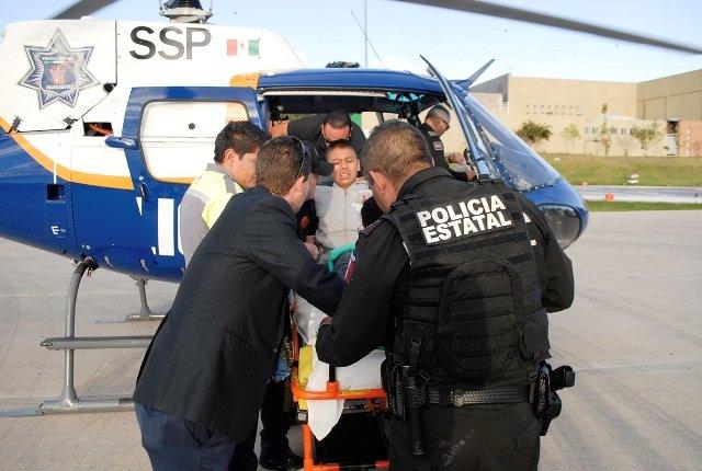 ¡FOTOGALERÍA/ Heroico rescate de un adolescente que cayó a un barranco en un cerro en Aguascalientes!