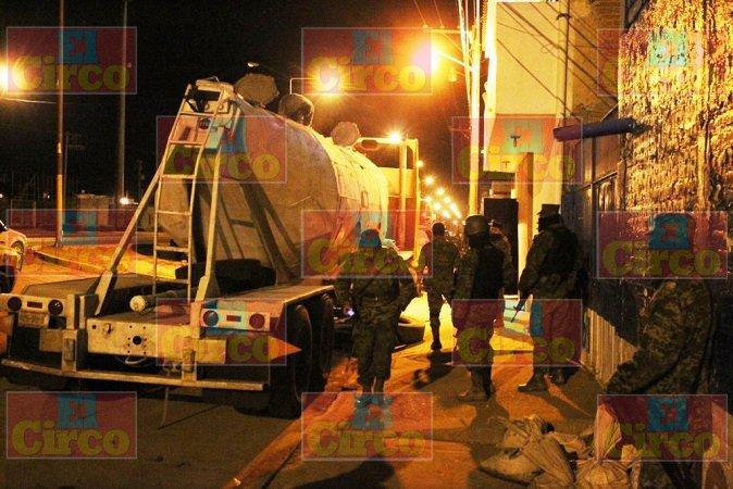 ¡Soldados aseguran droga en el interior de una revolvedora en Fresnillo!