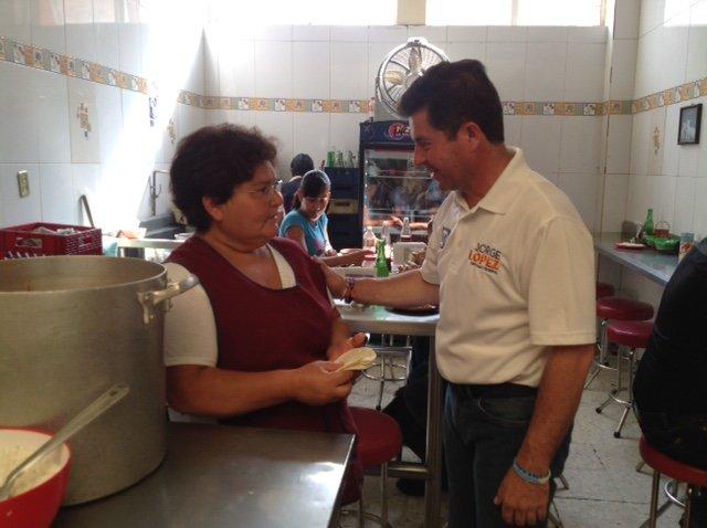 ¡Jorge López Martín ha sido bien recibido por habitantes del Distrito III!