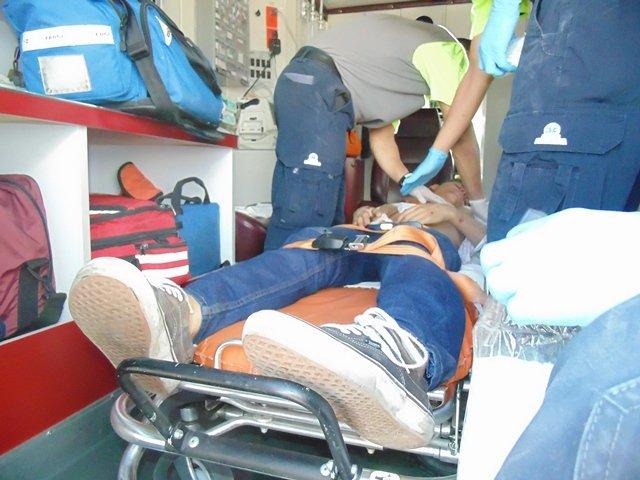 ¡2 hermanos resultaron lesionados tras caer de una motocicleta en Aguascalientes!