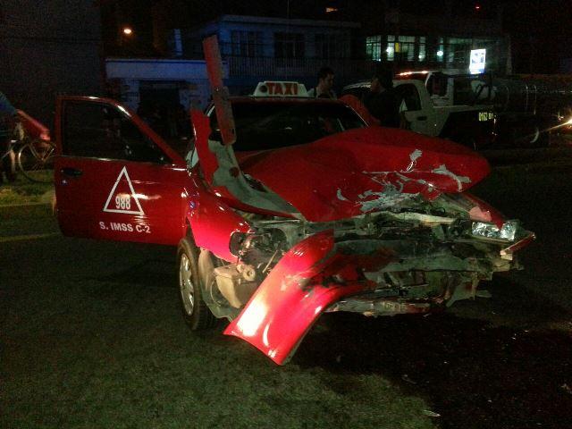 ¡FOTOGALERÍA 1/ Racha de accidentes dejó 8 lesionados en Aguascalientes!