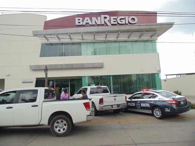 ¡FOTOGALERÍA/ Asaltaron a un cuentahabiente en el estacionamiento de un banco en Aguascalientes!