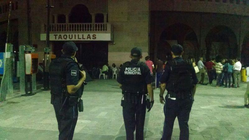 ¡Cerca de 600 personas hacen fila para ver la reaparición de José Tomas en Aguascalientes!