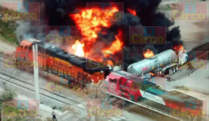 ¡Explota pipa con gasolina al ser alcanzada por el tren en Aguascalientes!