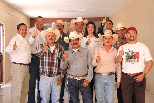 ¡Piden ganaderos a Gerardo Salas apoyo para acabar con abigeato!